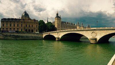 PARIS PARIS PARIS!!!